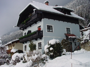 haus_alpenrose_winter